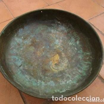 Antigüedades: 2 FUENTES O CUENCOS O CENTROS DE MESA DE COBRE - Foto 2 - 204057915