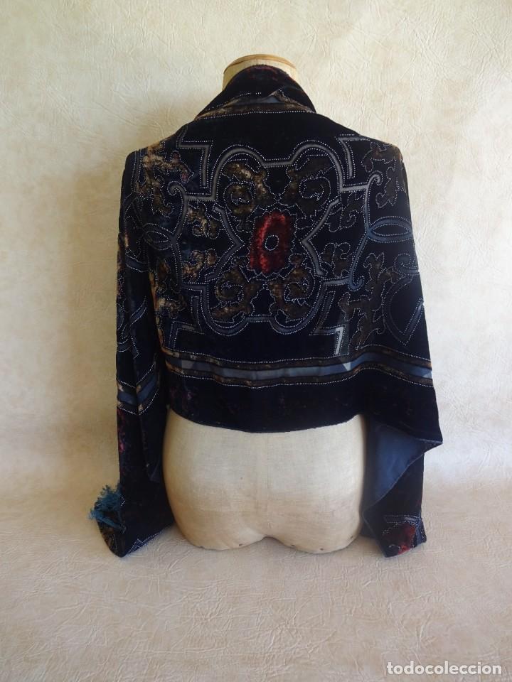 ANTIGUO MANTON DE ATERCIOPELADO (Antigüedades - Moda - Mantones Antiguos)