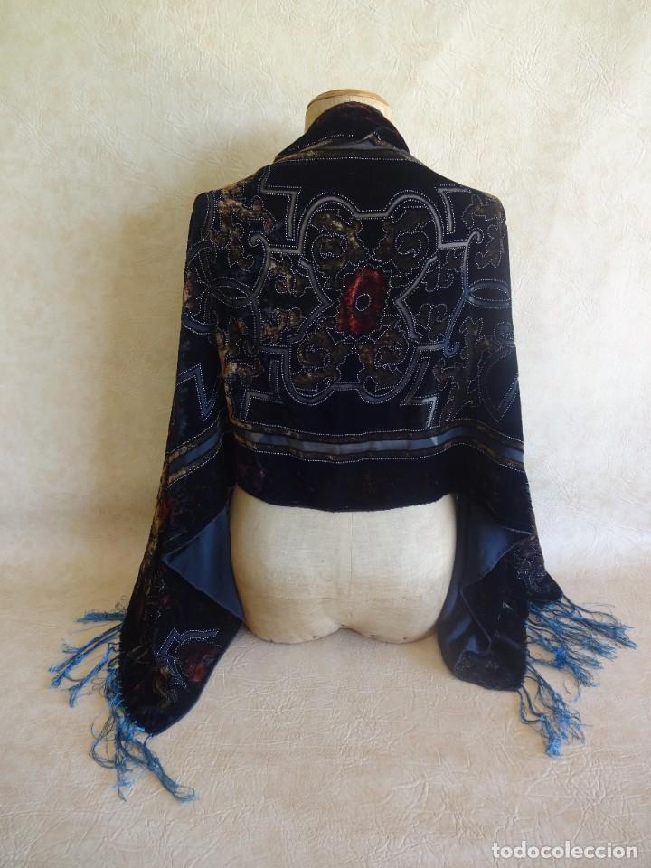 Antigüedades: antiguo manton de aterciopelado - Foto 2 - 204081156