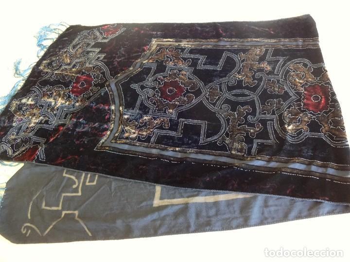 Antigüedades: antiguo manton de aterciopelado - Foto 5 - 204081156