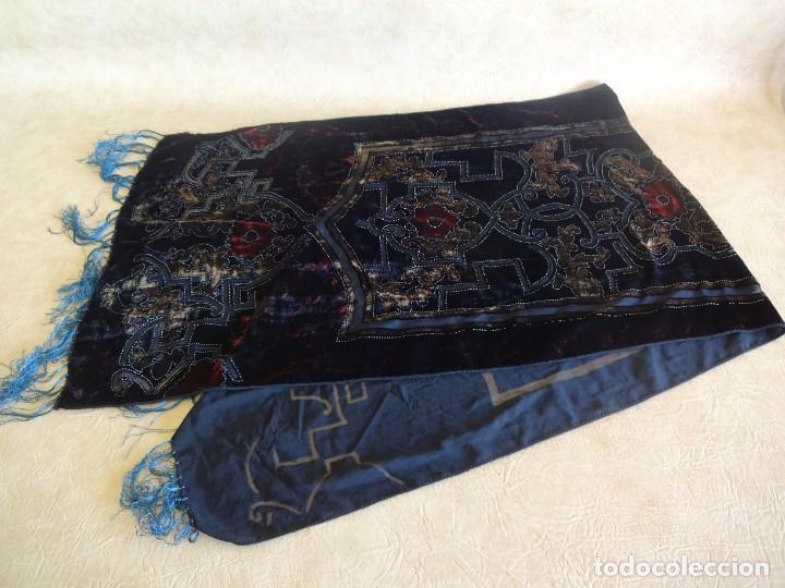 Antigüedades: antiguo manton de aterciopelado - Foto 6 - 204081156