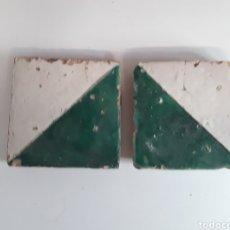 Antigüedades: 2 AZULEJOS GÓTICOS DEL MOCADORET SIGLO XVII. Lote 204115691