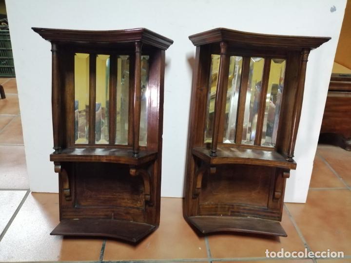 PAREJA DE PEQUEÑAS ESTANTERÍAS XIX, PP XX (Antigüedades - Muebles Antiguos - Ménsulas Antiguas)