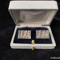 Antigüedades: PAREJA DE GEMELOS PLATEADOS.. Lote 204179995