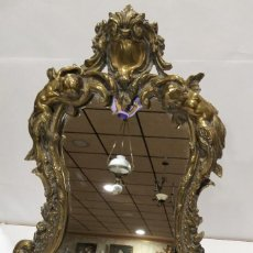 Antigüedades: MARCO DE BRONCE ANTIGUO CON ESPEJO DE MESA.. Lote 204194156