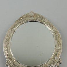 Antiquités: EXCELENTE VINTAGE ESPEJO CON MARCO DE PLATA 925 ALCUDIA. Lote 204238318