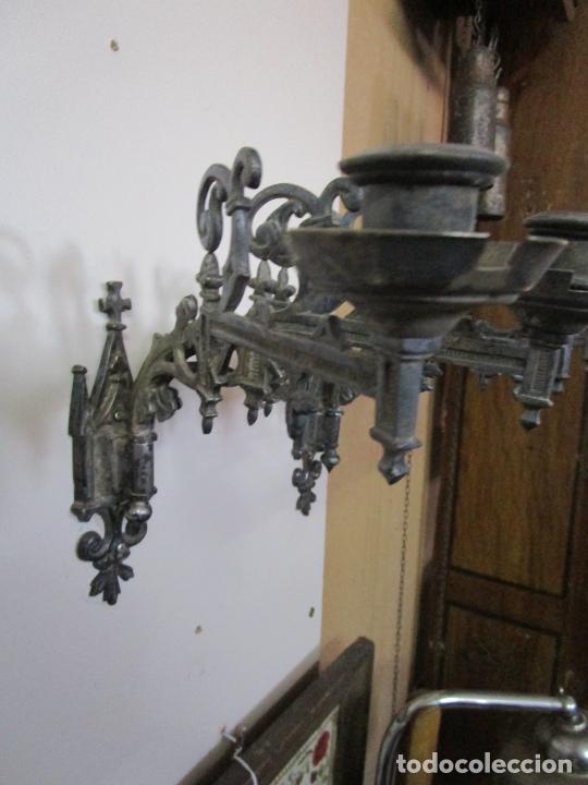 Antigüedades: Pareja de Candelabros para Piano - Apliques Neogóticos - Bronce Plateado - Finales S. XIX - Foto 8 - 204261128
