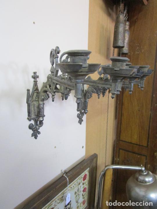 Antigüedades: Pareja de Candelabros para Piano - Apliques Neogóticos - Bronce Plateado - Finales S. XIX - Foto 15 - 204261128