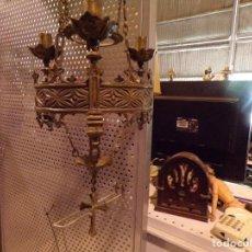 Antigüedades: PRECIOSA LAMPARA VOTIVA EN BRONCE NEOGOTICA. Lote 204306486