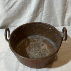 Antigüedades: CALDERA DE COBRE DE DOS ASAS. Lote 204312616