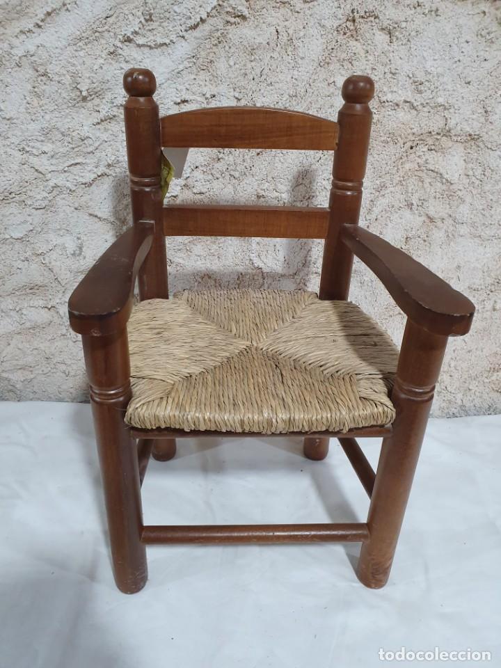 SILLONCITO DE ENEA (Antigüedades - Muebles Antiguos - Sillones Antiguos)