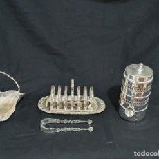 Antigüedades: LOTE DE 4 PIEZAS METAL PLATEADO. Lote 204379362