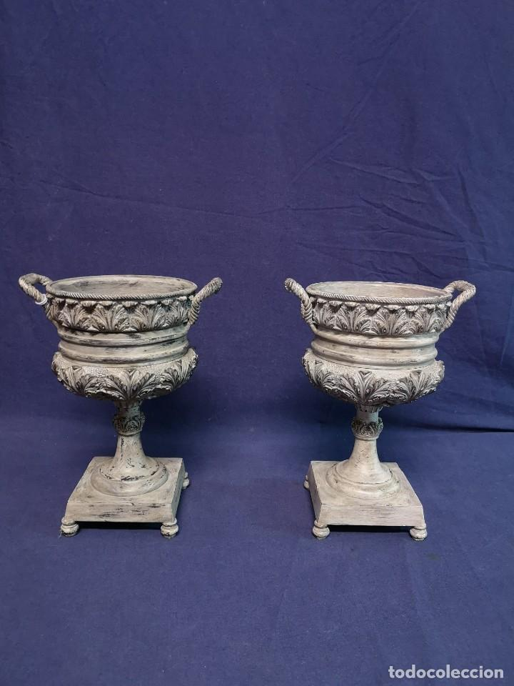 Antigüedades: PAREJA DE COPAS BRONCE PINTADAS - Foto 2 - 204408135