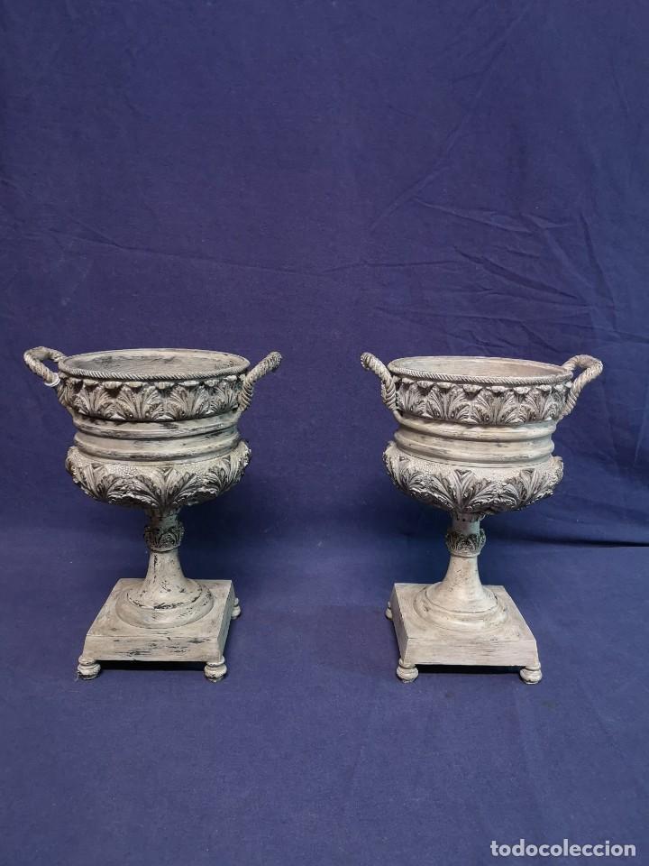 Antigüedades: PAREJA DE COPAS BRONCE PINTADAS - Foto 3 - 204408135