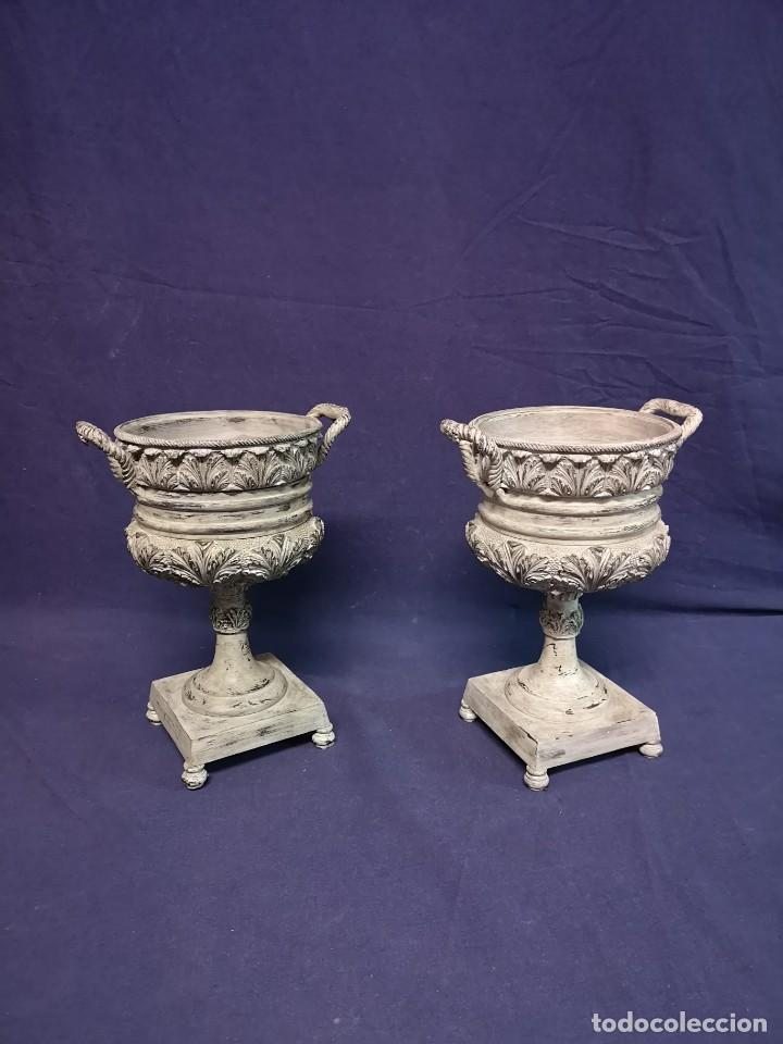Antigüedades: PAREJA DE COPAS BRONCE PINTADAS - Foto 5 - 204408135