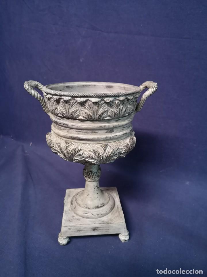 Antigüedades: PAREJA DE COPAS BRONCE PINTADAS - Foto 6 - 204408135