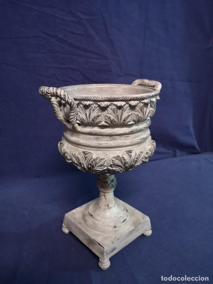 Antigüedades: PAREJA DE COPAS BRONCE PINTADAS - Foto 7 - 204408135