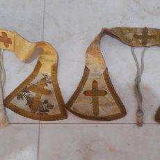 Antigüedades: 2 MANIPLES DE SEDA CON PASAMANERIA Y BORDADOS SIGLO XIX. Lote 204494965