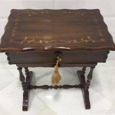 Antigüedades: ANTIGUO Y PRECIOSO COSTURERO EN MADERA MACIZA. Lote 204510175