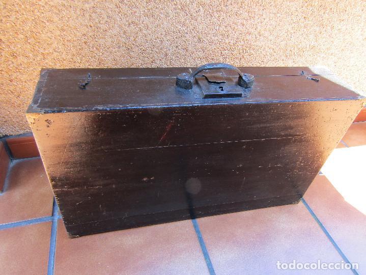 Antigüedades: MALETA DE MADERA, principios del siglo XX, - Foto 3 - 204527306