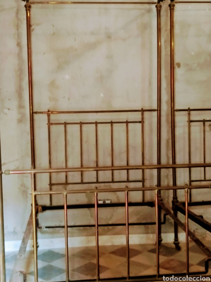Antigüedades: Magnifica pareja de camas con dosel. Siglo XIX. - Foto 6 - 204625643