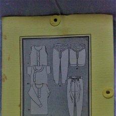 Antigüedades: PATRONES GRADUABLES MARTÍ .CAMISETAS Y CALZONCILLOS.CARPETA DE INST DE USO Y 2 PLANCHA PATRONES. Lote 204630762