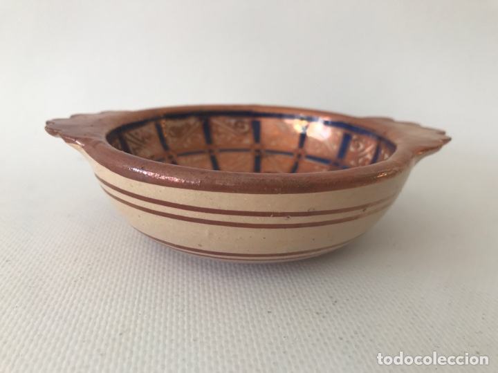 Antigüedades: Escudella valenciana de cerámica de reflejo metálico y azul cobalto. Fábrica La Ceramo. Años 20 - Foto 2 - 204659168