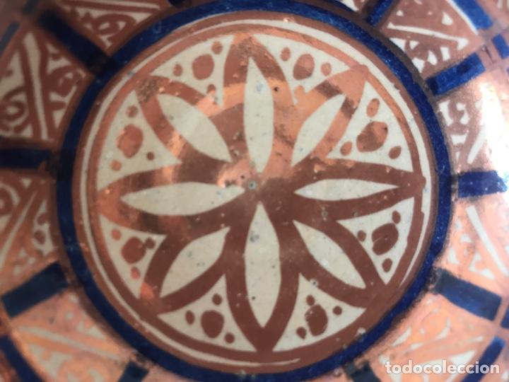 Antigüedades: Escudella valenciana de cerámica de reflejo metálico y azul cobalto. Fábrica La Ceramo. Años 20 - Foto 7 - 204659168