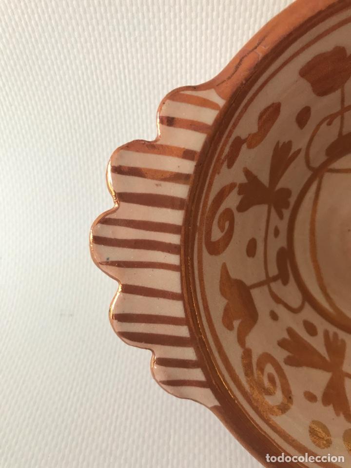 Antigüedades: Escudella valenciana de cerámica de reflejo metálico de la fábrica La Ceramo. Años 30. - Foto 6 - 204659788