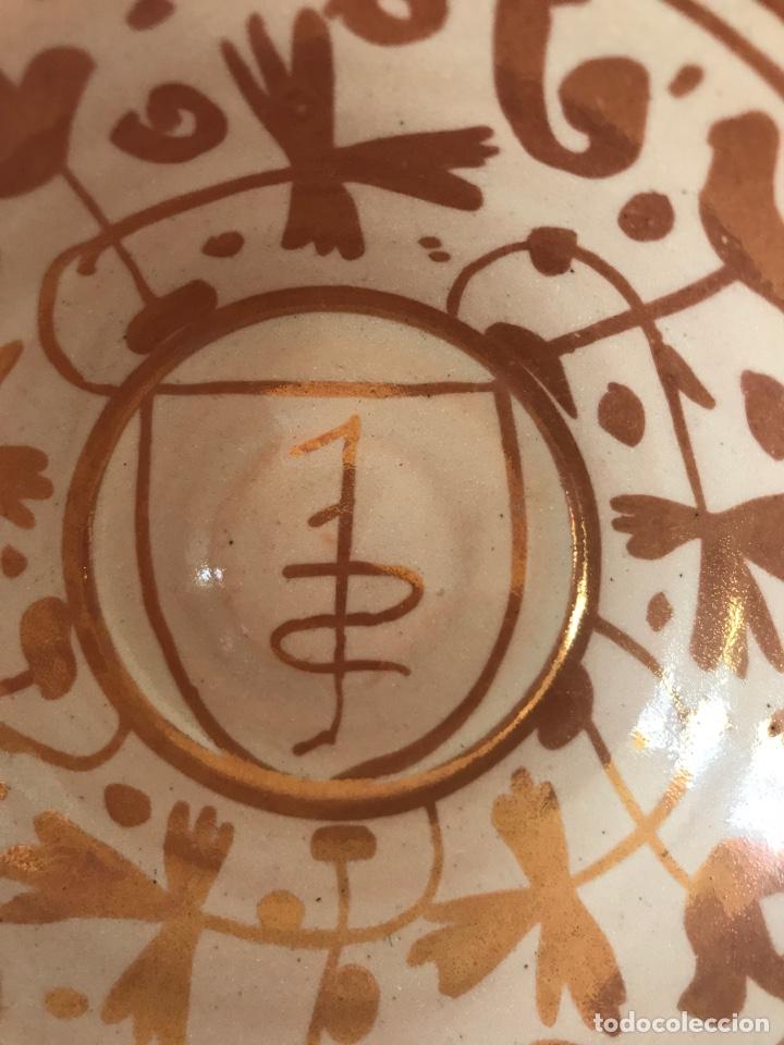 Antigüedades: Escudella valenciana de cerámica de reflejo metálico de la fábrica La Ceramo. Años 30. - Foto 7 - 204659788