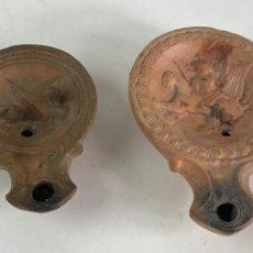 Antigüedades: PAREJA DE LAMPARAS DE ACEITE DE TERRACOTA. S.XX.. Lote 204662552