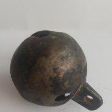 Antigüedades: CASCABEL.SONAJERO GRANDE MUY ANTIGUO 4, 5 CM SE DIAMETRO. Lote 204700435