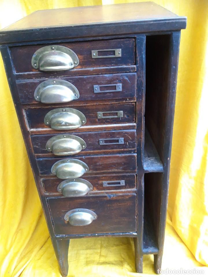 Antigüedades: Mueble con cajones para restaurar, quizás para sellos, hacia 1930 - Foto 10 - 204724618
