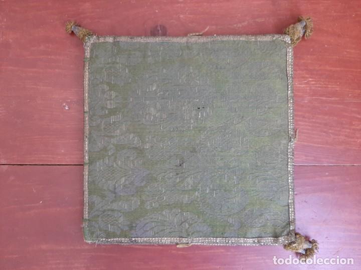 CARPETA PARA CORPORAL - BORDADA - C.1800 (Antigüedades - Religiosas - Artículos Religiosos para Liturgias Antiguas)