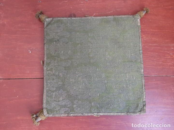Antigüedades: CARPETA PARA CORPORAL - BORDADA - C.1800 - Foto 4 - 204778365