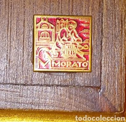 Antigüedades: IMPORTANTE CRUZ ROMANICA DE ESMALTES - CRISTO DE PLATA - ENMARCADO EN MADERA Y PAN DE ORO - Foto 11 - 204824841