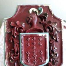 """Antigüedades: ANTIGUO ESCUDO HERÁLDICO DE MADERA """" GONZALEZ"""". Lote 204836127"""