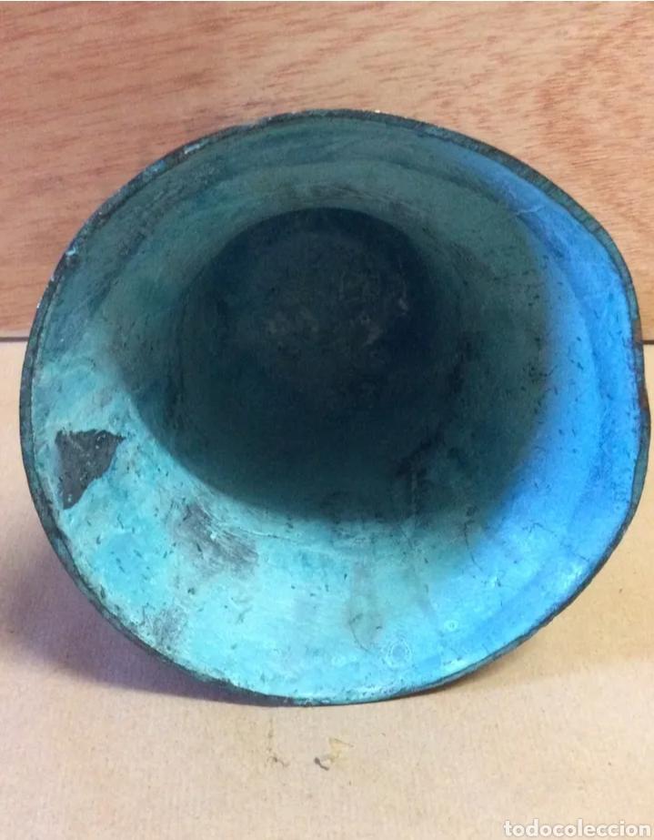 Antigüedades: Campana con asa de bronce, vintage - Foto 8 - 204838902
