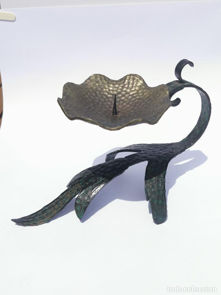 Antigüedades: ANTIGUO PORTAVELAS - BRONCE - MUY ELABORADO - PALMATORIA - CANDELABRO - GRAN TAMAÑO - Foto 2 - 204996933