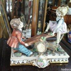 Antigüedades: NIÑOS EN EL COLUMPIO CAPODIMONTE ITALIA. Lote 205020482
