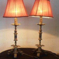 Antigüedades: 2 , LAMPARAS DE MESA TIPO CANDELABRO, MUY ANTIGUAS. Lote 205052555