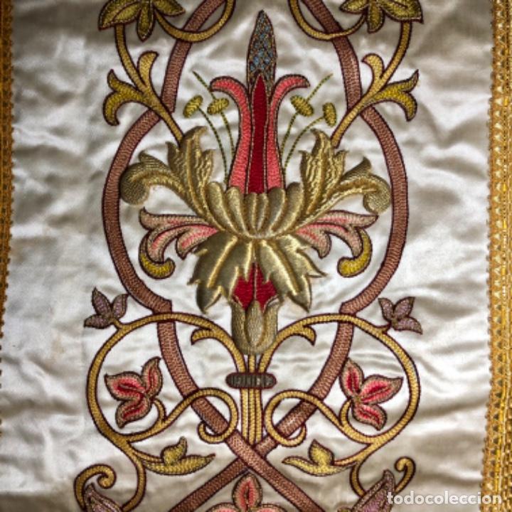 Antigüedades: Dalmatica de brocado de seda con galón bordado en oro - Foto 8 - 205076823