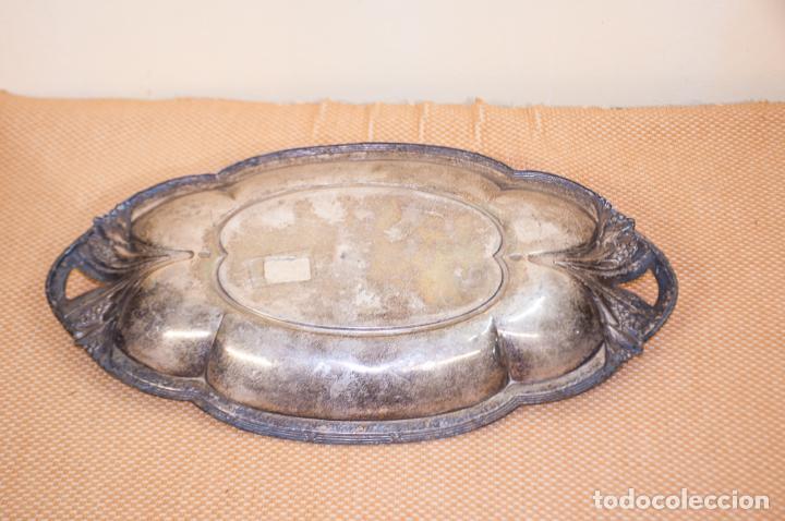 Antigüedades: BANDEJA MODERNISTA DE BRONCE, PLATEADA - Foto 2 - 205105155