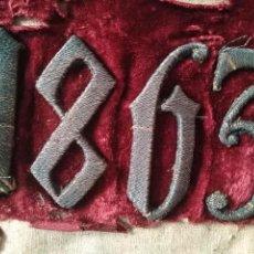Antigüedades: ANTIGUO BORDADO RELIGIOS ORO O PLATA METAL AÑO 1863 SOBRE TERCIOPELO , CASULLA DALMATICA MANTO SAYA. Lote 205175036