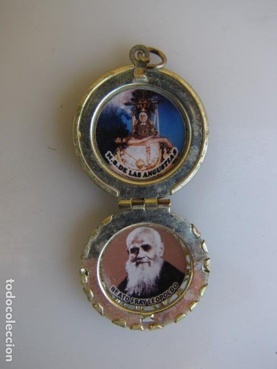 Antigüedades: 2- Portafotos Virgen de las angustias y Fray Leopoldo - Foto 4 - 205239290