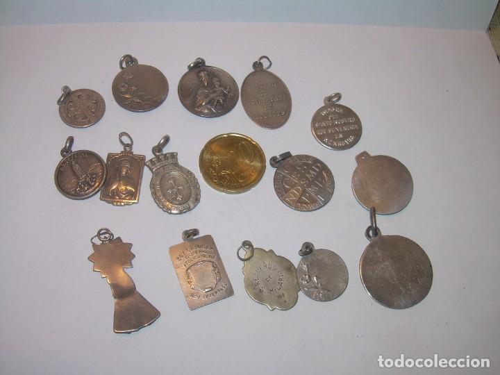 Antigüedades: 15..MEDALLAS ALGUNAS DE PLATA...BUEN ESTADO DE CONSERVACION. - Foto 2 - 205262370