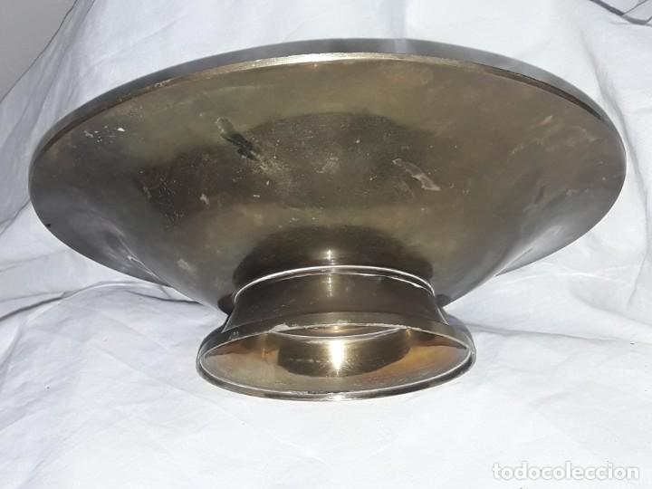 Antigüedades: Bello centro de mesa de bronce con esmalte India 24.5cm - Foto 2 - 205282212