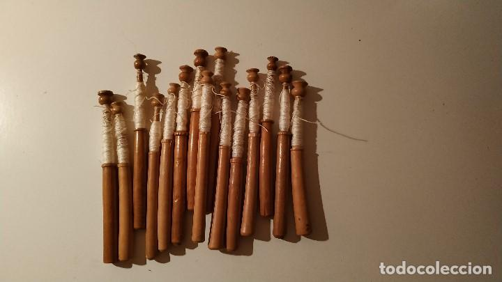 Antigüedades: Lote 15 bolillos antiguos madera - Foto 2 - 205282475