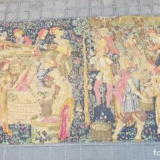 Antigüedades: TAPIZ CON FIGURAS MEDIEVALES 193 CMTS *98 CMTS. Lote 205314851