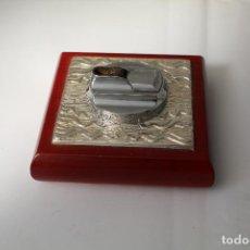 Antigüedades: ENCENDEDOR DE MESA EN PLATA DE LEY 925 MILESIMAS. Lote 205339103